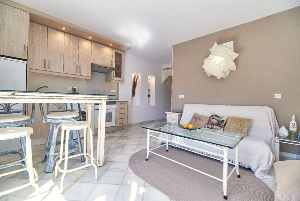 Apartamento en Venta en Artola – R3875749
