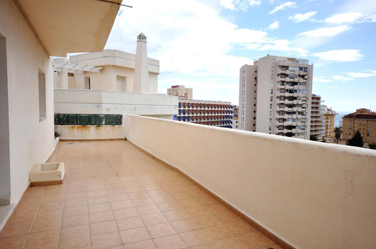 Unifamiliar con 4 Dormitorios en Venta Fuengirola