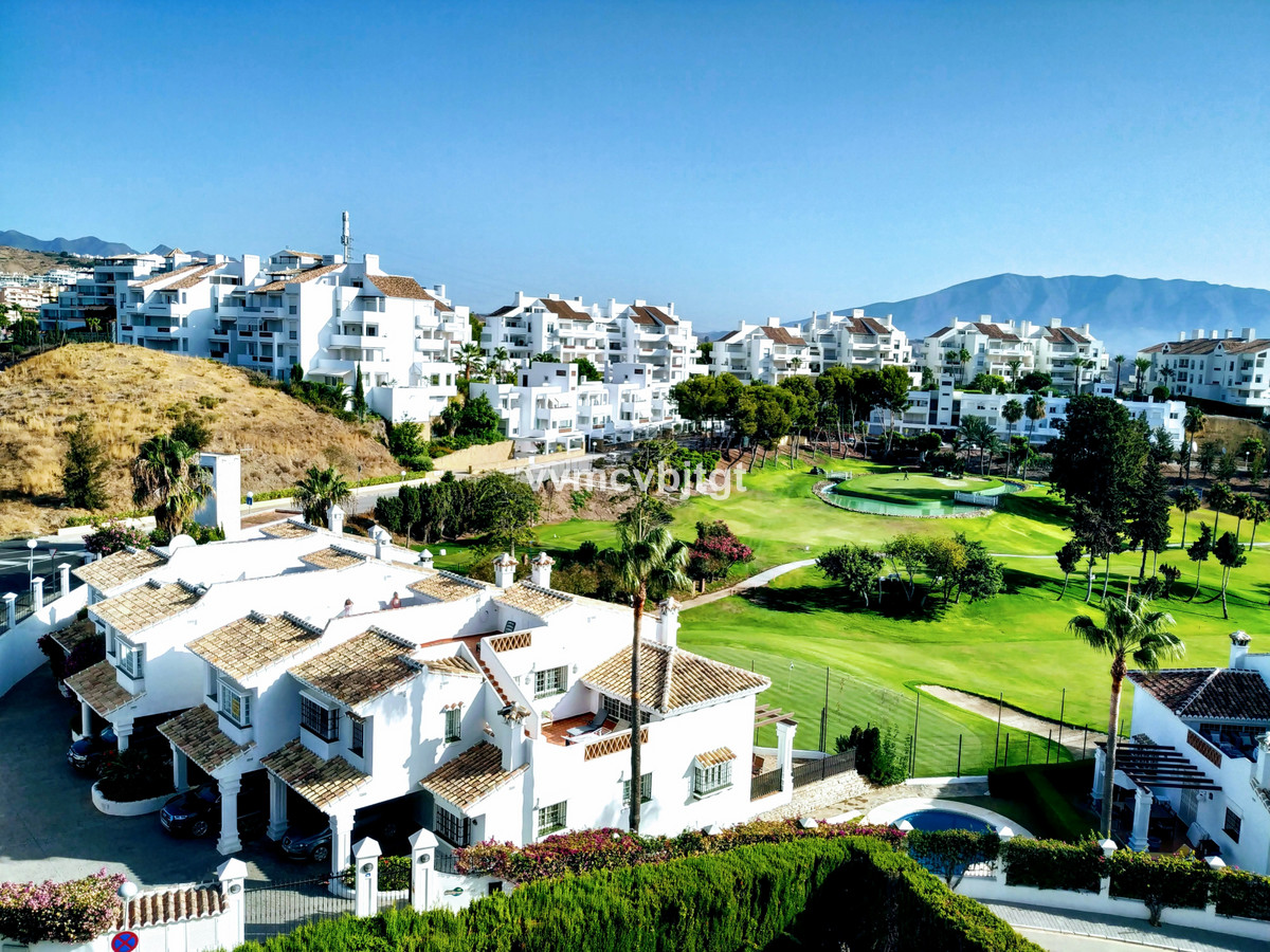 Middle Floor Apartment, Riviera del Sol, Costa del Sol. 2 Bedrooms, 2 Bathrooms, Built 85 m², Terrac, Spain