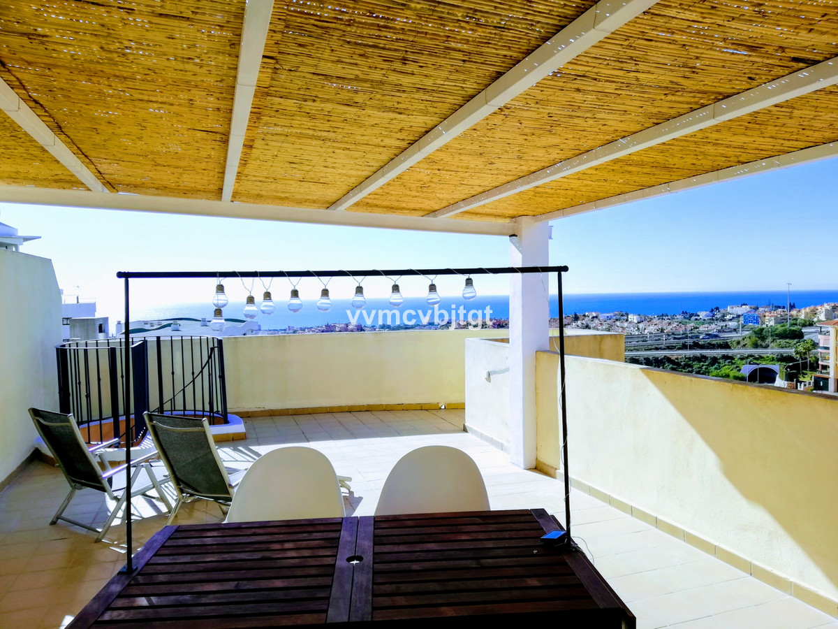 Beautiful penthouse. Huge terraces and fabulous views, to the sea and panoramic. Unbeatable south we,Spain