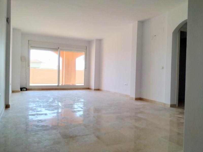 Middle Floor Apartment Apartment