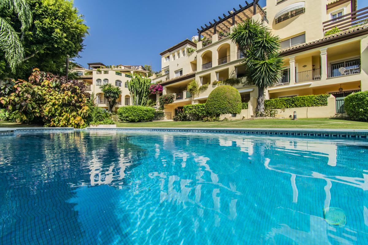 Marbella Banus Apartamento en Venta en Guadalmina Alta – R3719906
