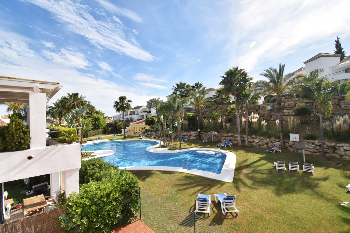 OPPORTUNITY IN NUEVA ANDALUCIA A FEW MINUTES FROM PUERTO BANUS. Lovely property located in the exclu, Spain