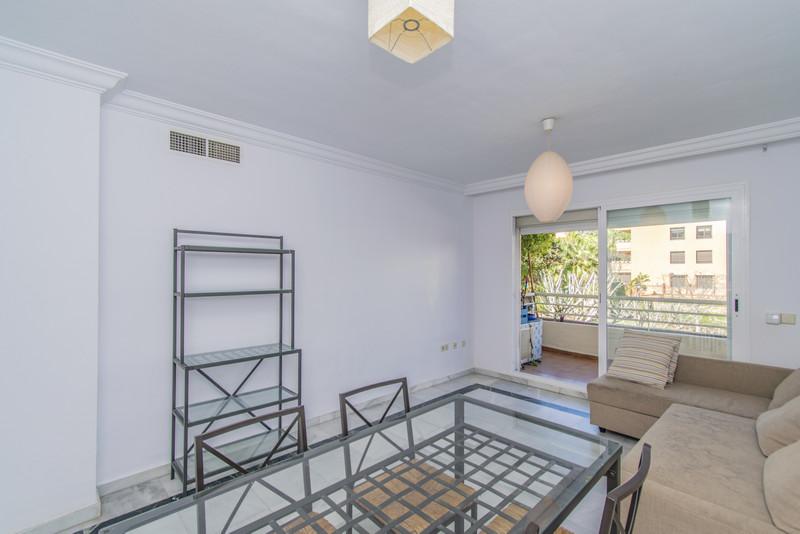 Apartamento Planta Media en venta en The Golden Mile – R3616355