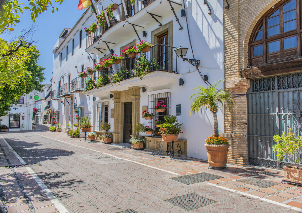 INVESTMENT OPPORTUNITY - IN THE OLD TOWN OF MARBELLA Very good opportunity to acquire a property wit,Spain