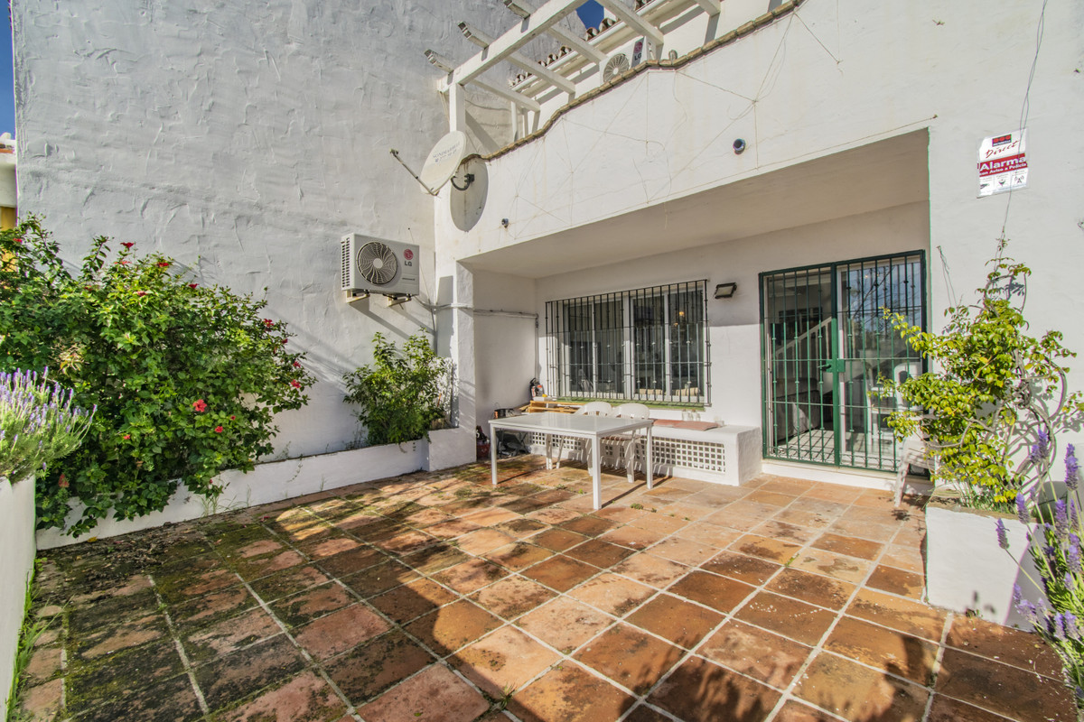 4 Bedroom Townhouse For Sale, The Golden Mile