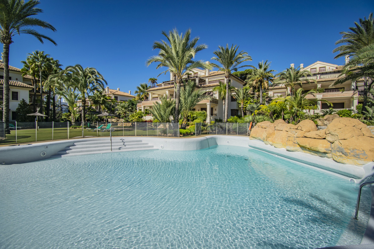 FIRST LINE BEACH LUXURY PROPERTY IN MARBELLA Excellent property located in one of the most exclusive, Spain