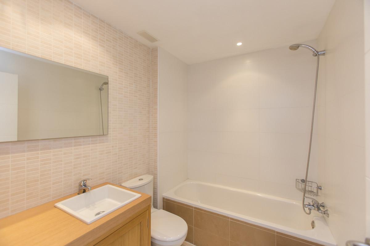 Appartement te koop in Los Arqueros R3201283