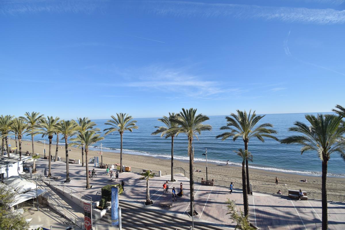 Marbella Banus Apartamento Planta Media en Venta en Marbella – R3720749