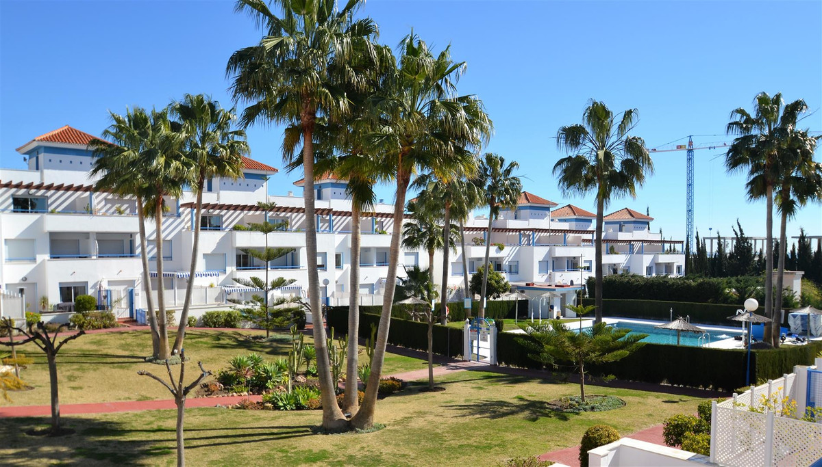 Reduced from  390,000€, they only € 315,000€! Huge townhouse located in the area of Bel Air, a few mSpain