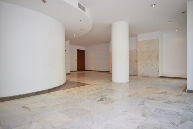 Marbella Banus Apartamento Planta Media en venta en Marbella – R3205168