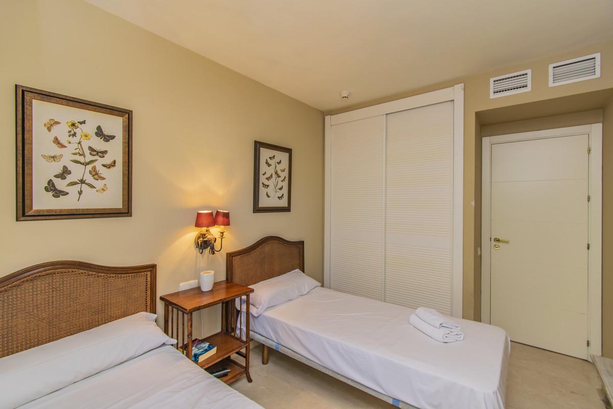 Apartamento en Venta en New Golden Mile – R3675092