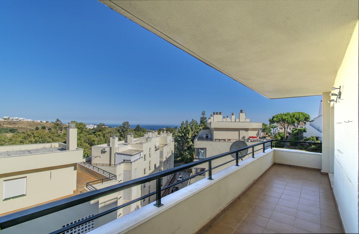 Apartamento en Venta en Calahonda – R3882214