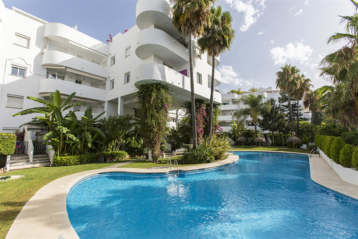 Opportunity on the Golden Mile of Marbella. Property located in one of the best areas of Marbella, o, Spain