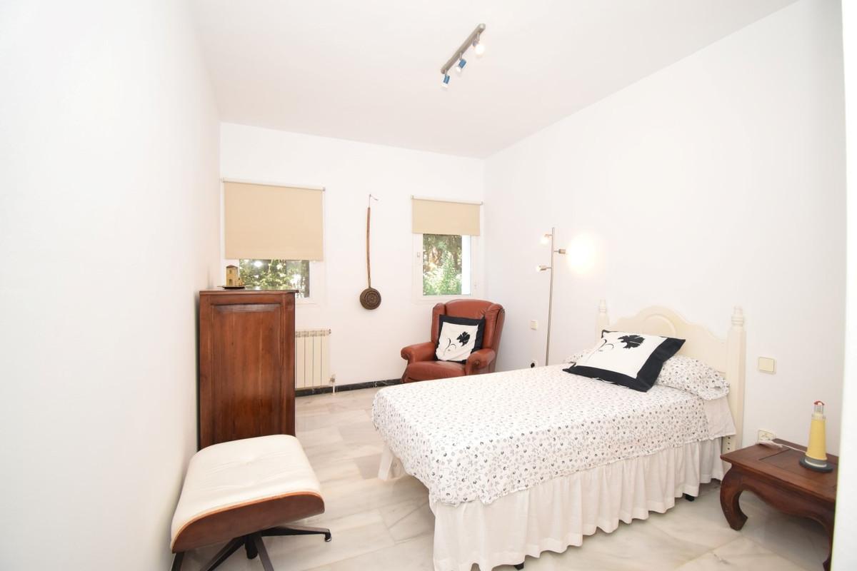 Villa con 6 Dormitorios en Venta Atalaya