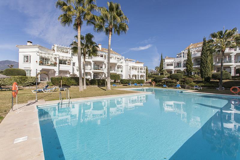 Marbella Banus Apartamento Planta Baja en venta en Guadalmina Alta – R3275725