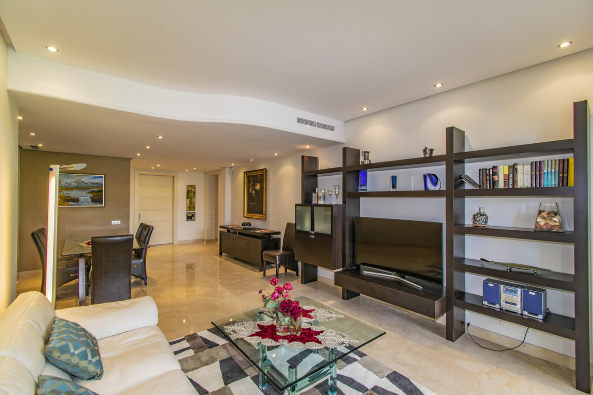 Apartment in The Golden Mile