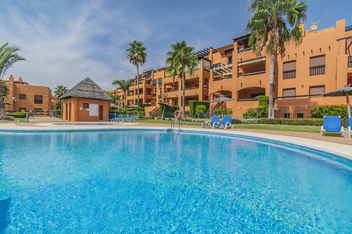 LUXURY PROPERTY - WITH LARGE PRIVATE GARDEN -IN ONE OF THE BEST URBANIZATIONS ON THE COSTA DEL SOL F,Spain