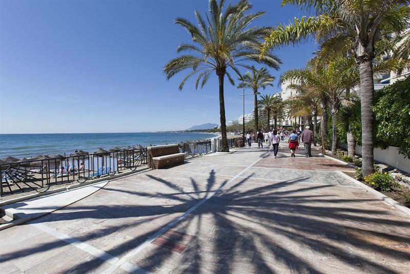 Marbella Banus Apartamento Planta Media en venta en Marbella – R3433810