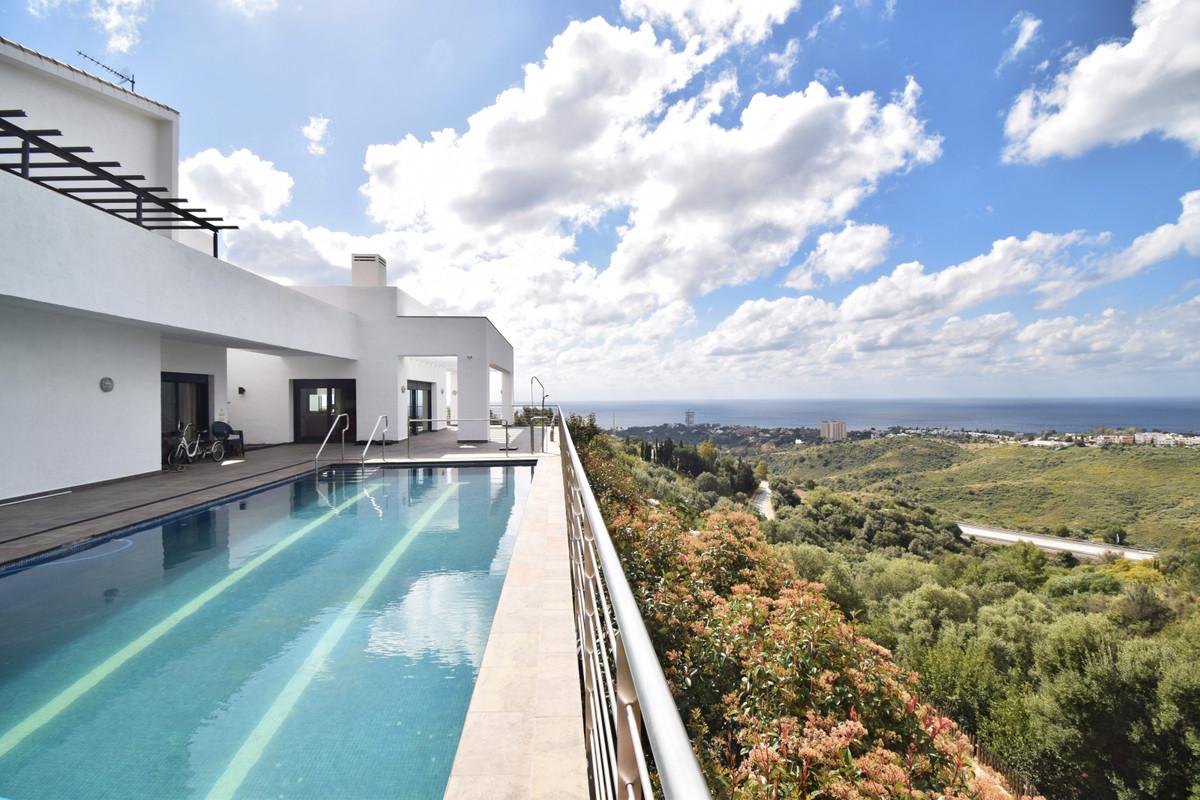 House in Altos de los Monteros R3385039 1
