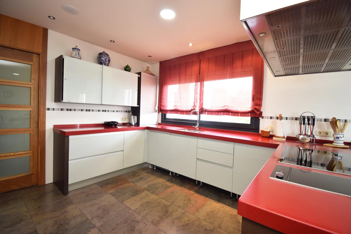 House in Altos de los Monteros R3385039 11