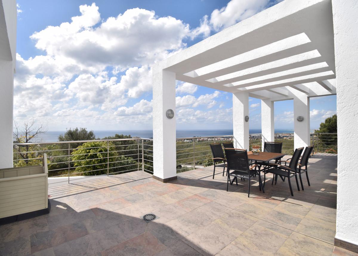 House in Altos de los Monteros R3385039 12