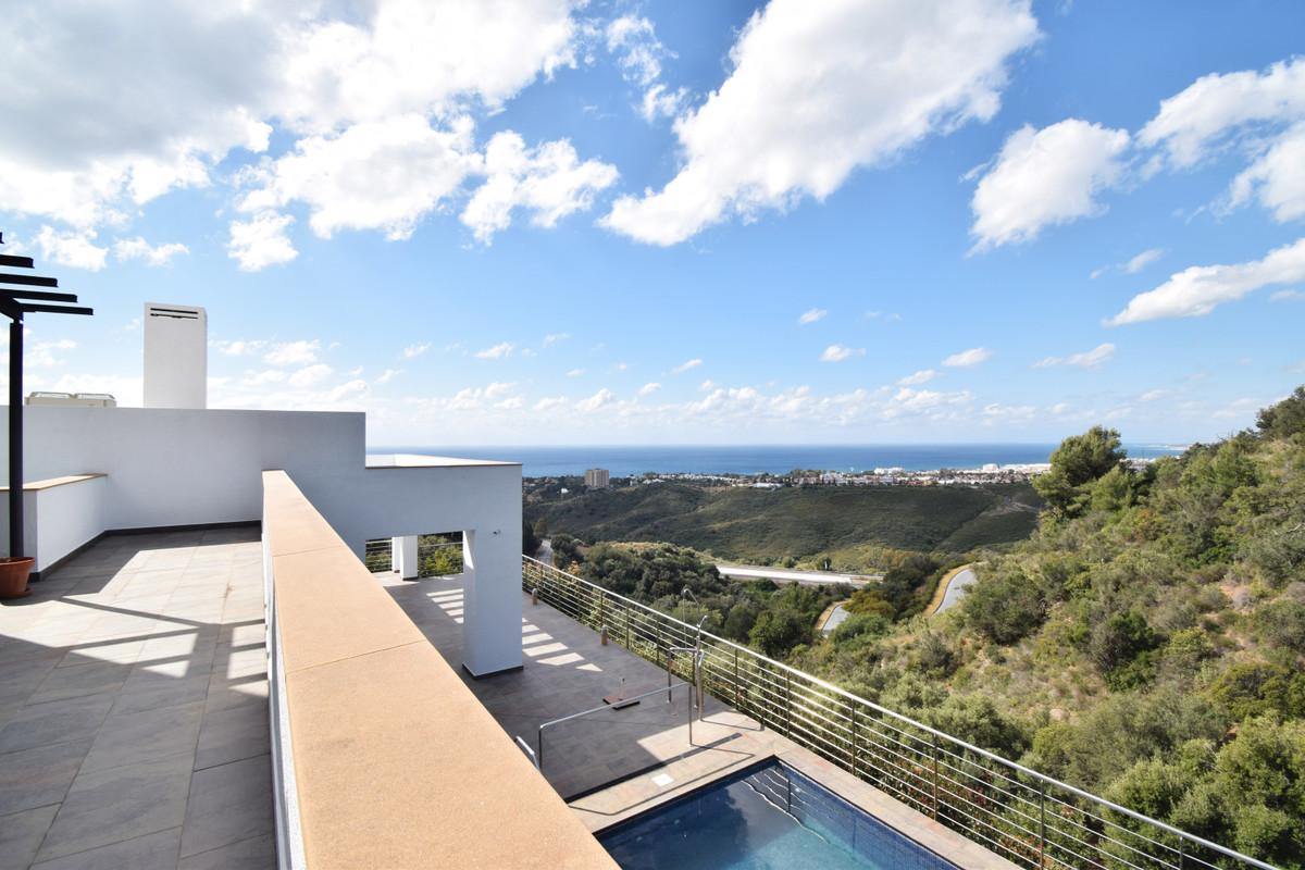 House in Altos de los Monteros R3385039 16