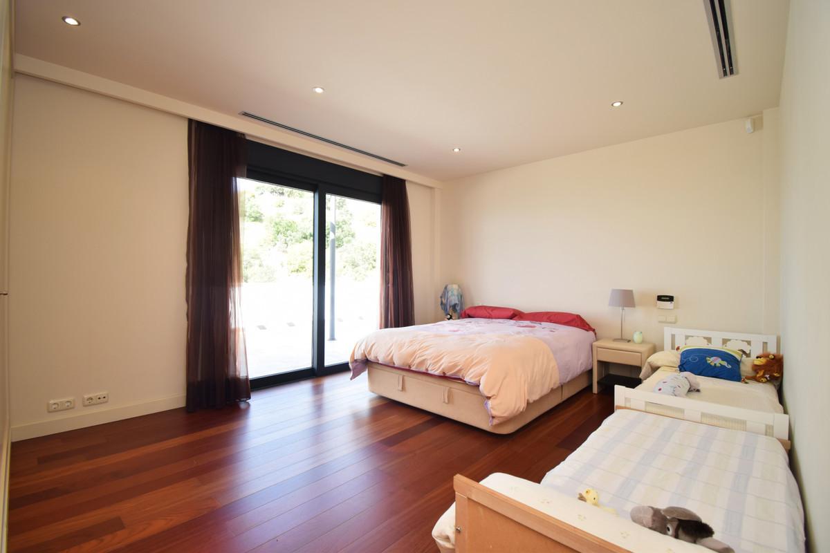 House in Altos de los Monteros R3385039 19