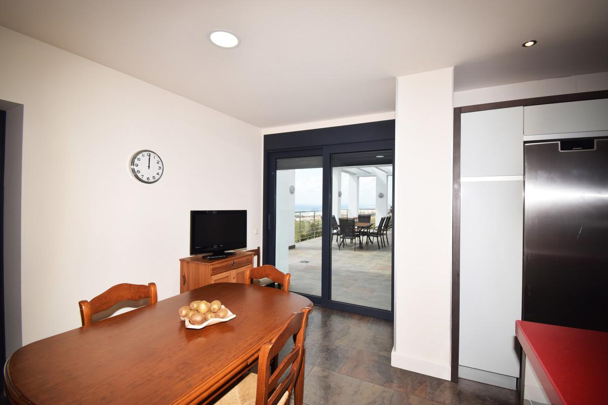 House in Altos de los Monteros R3385039 26