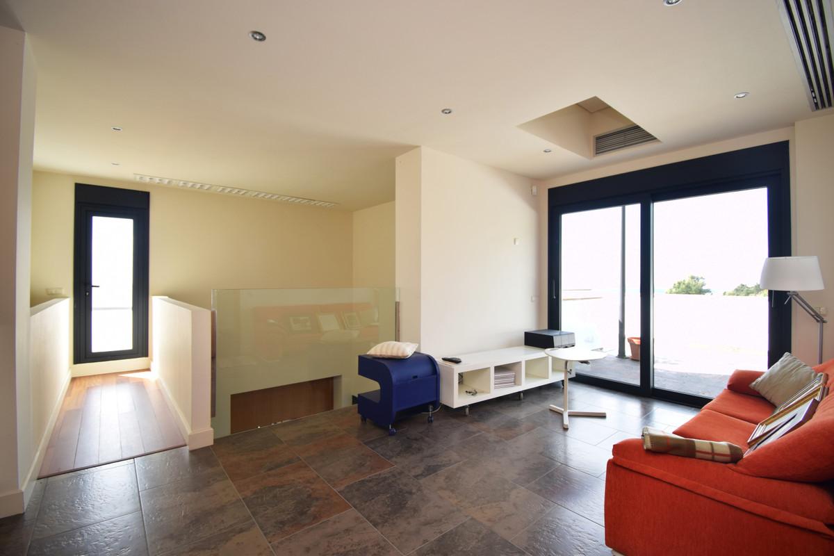 House in Altos de los Monteros R3385039 28