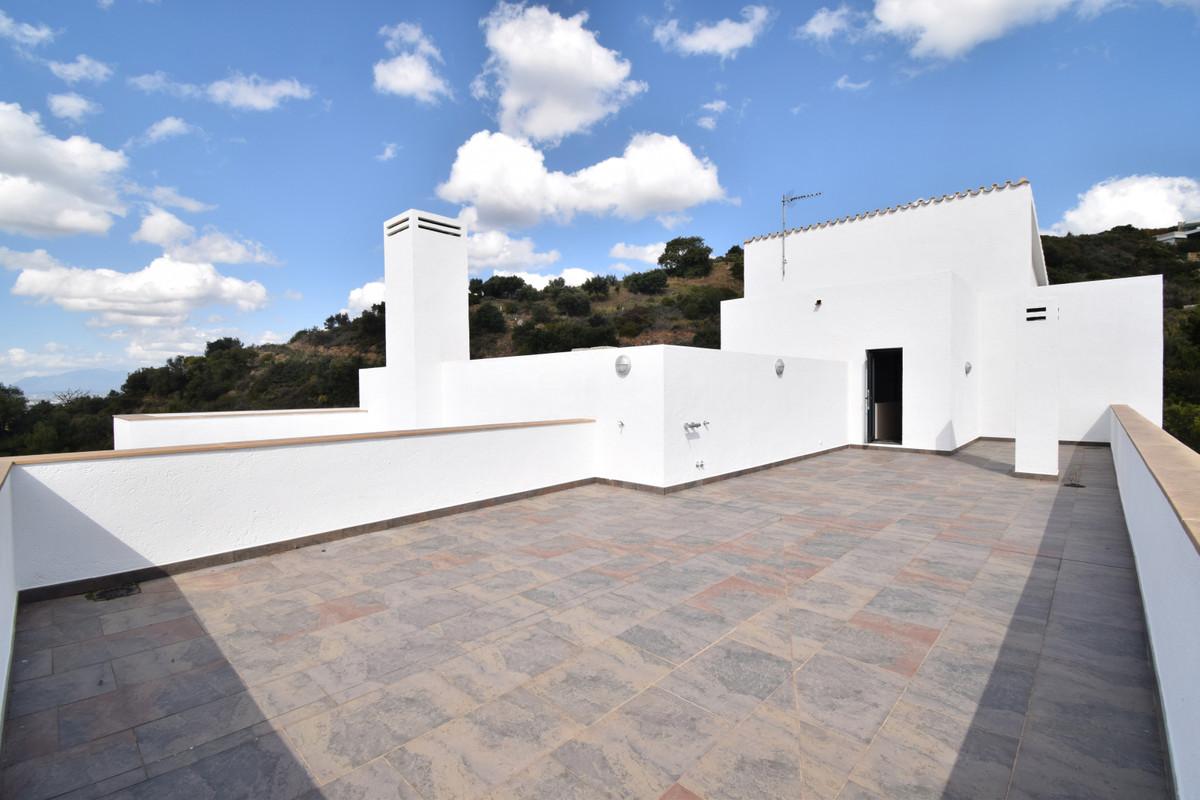 House in Altos de los Monteros R3385039 30