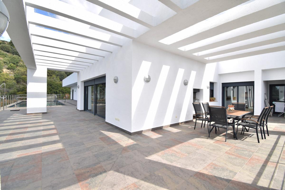 House in Altos de los Monteros R3385039 8