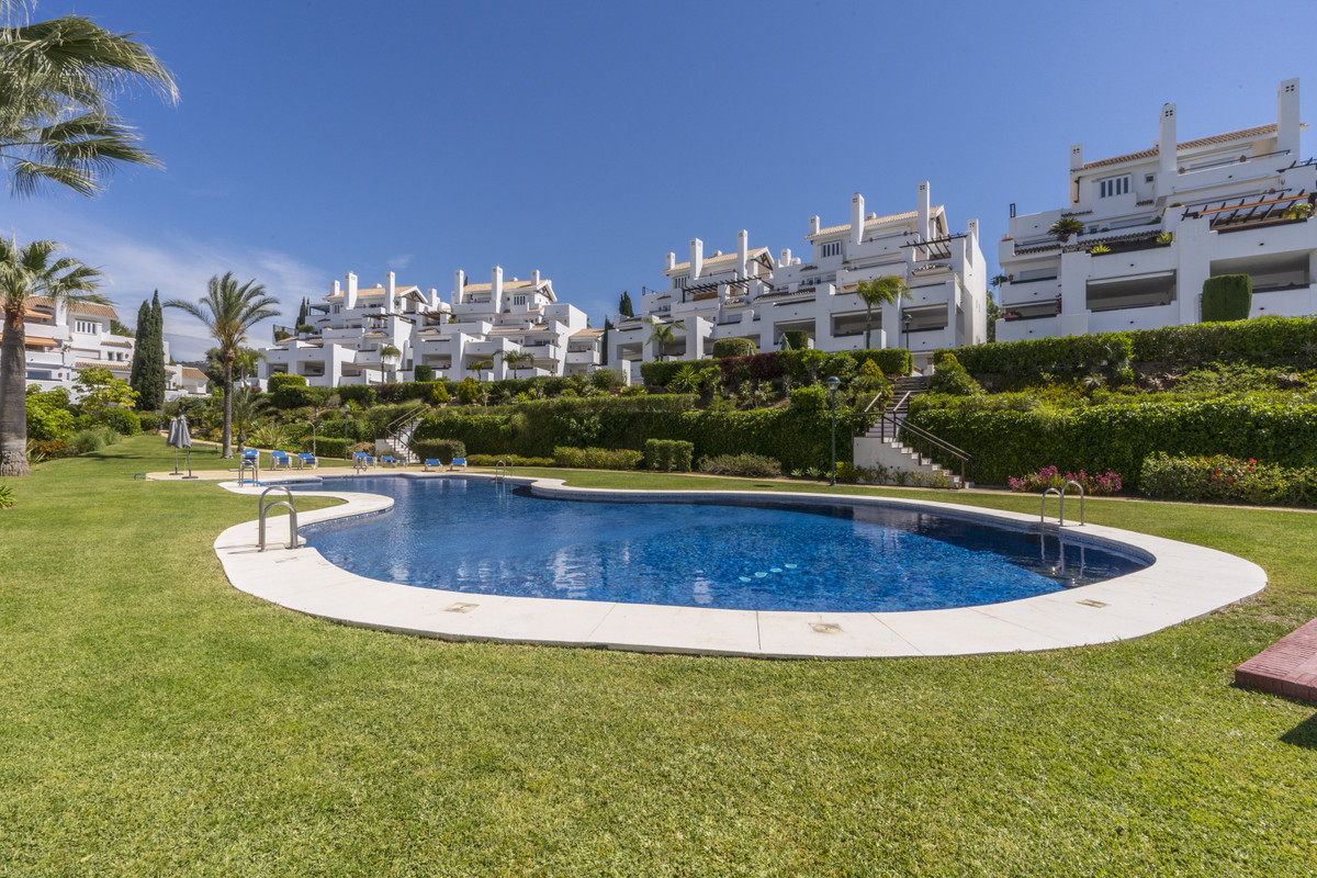 2 Bedroom Ground Floor Apartment For Sale Los Monteros