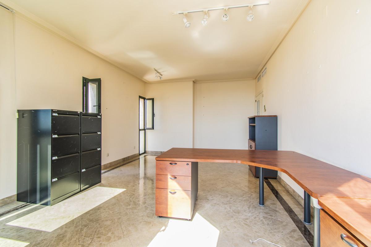Marbella Banus Appartement à plancher moyen à vendre à Marbella - R3517951