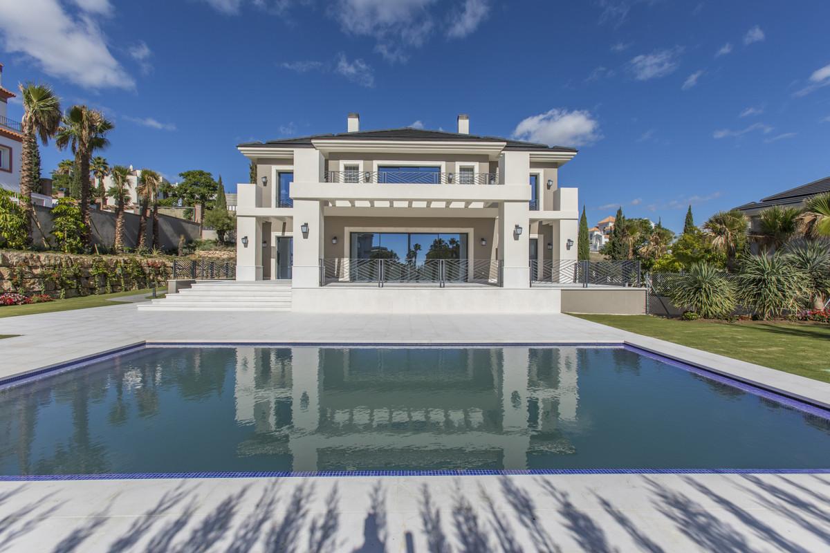 Marbella Banus Villa – Chalet en Venta en Los Flamingos – R3299344
