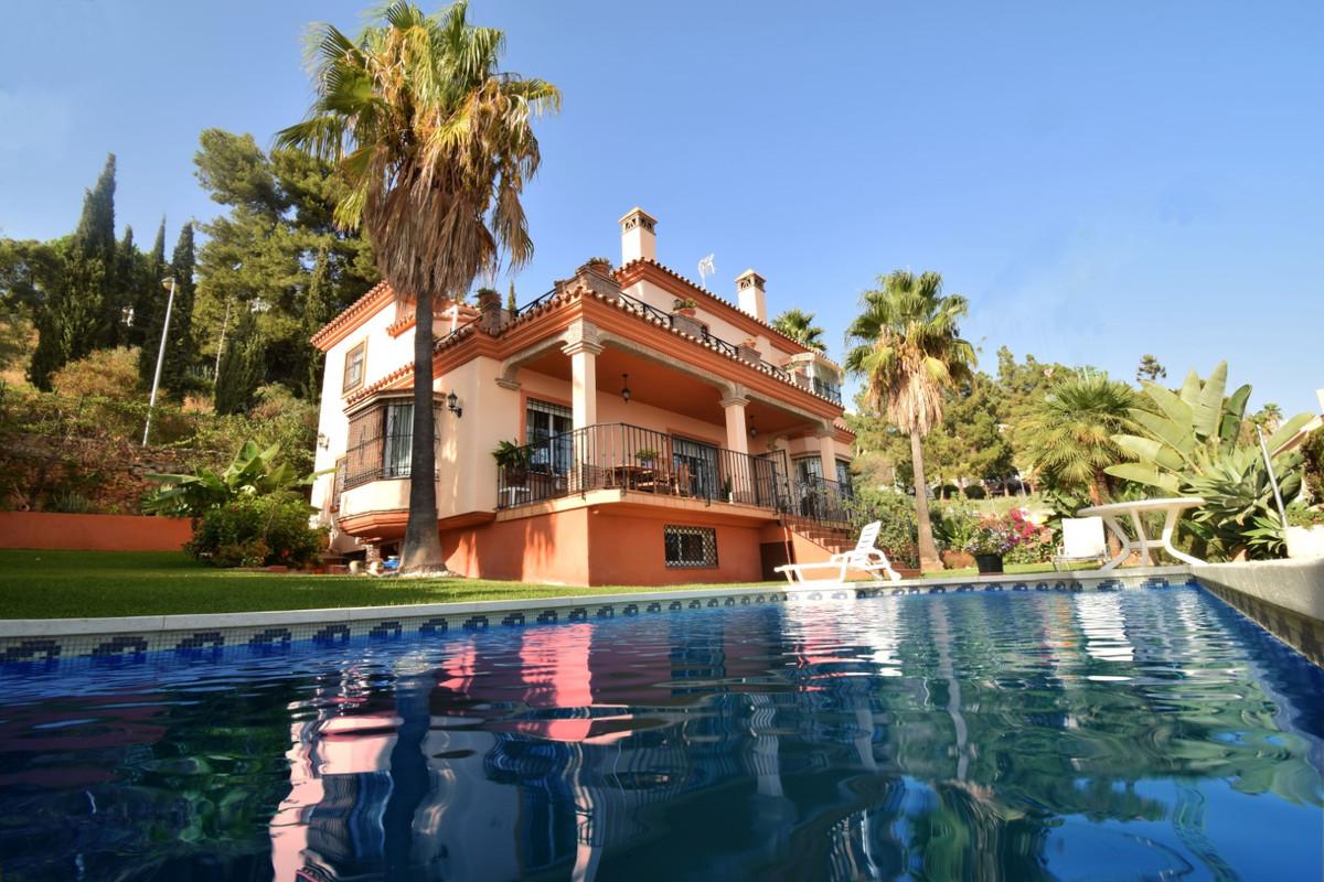 Marbella Banus Villa – Chalet en Venta en Marbella – R3262231