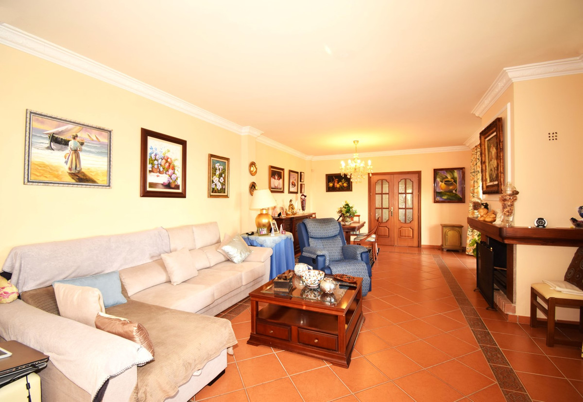 Villa – Chalet en Venta en Marbella – R3262231
