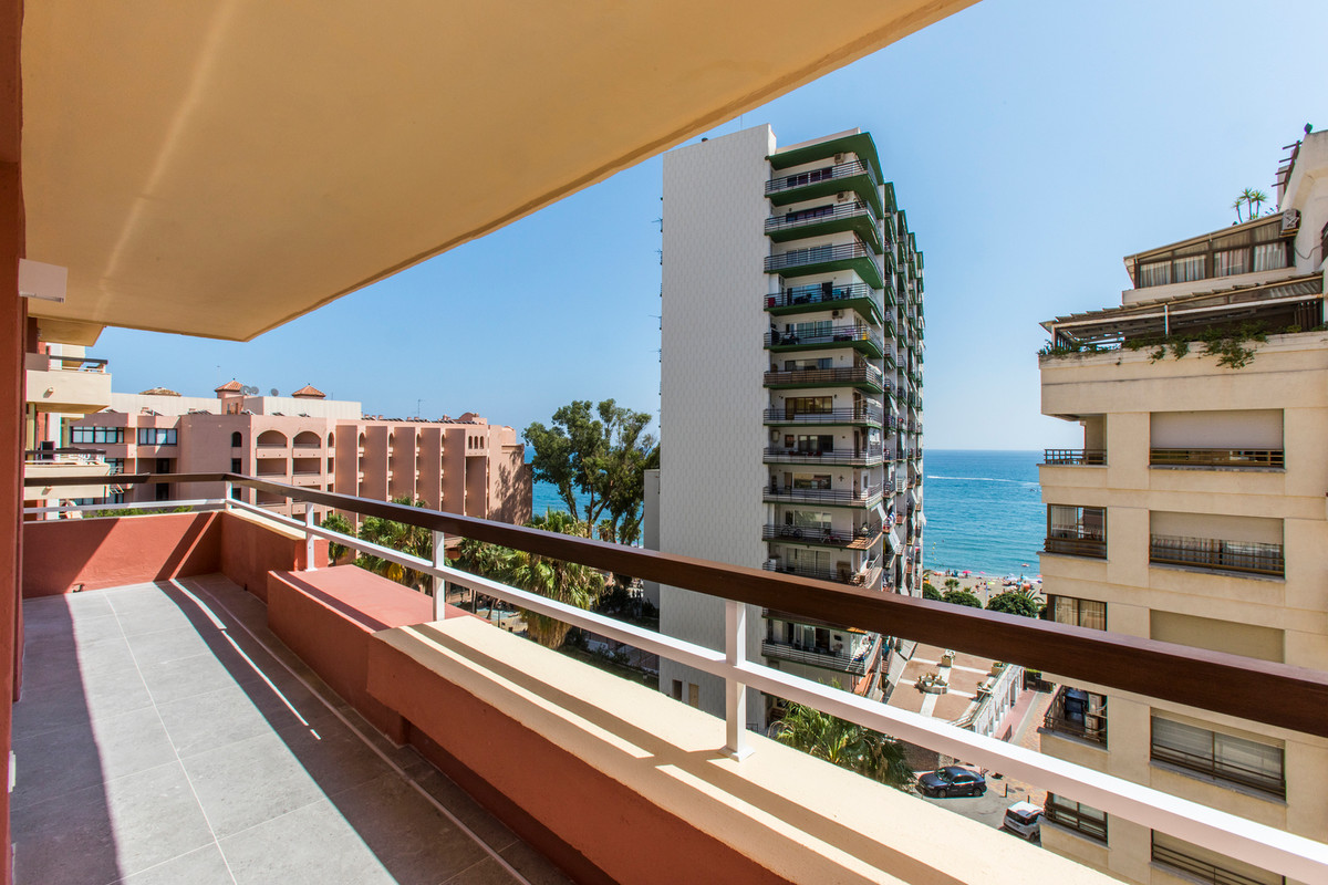 SPECTACULAR BRAND NEW PROPERTY WITH SEA VIEWS ON SECOND LINE BEACH IN MARBELLA Excellent apartment l,Spain