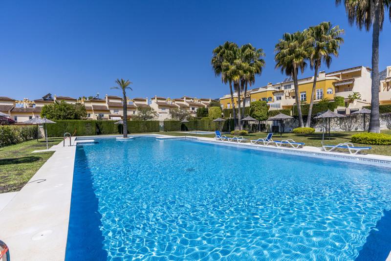 Marbella Banus Adosada en venta en Nagüeles – R3517240