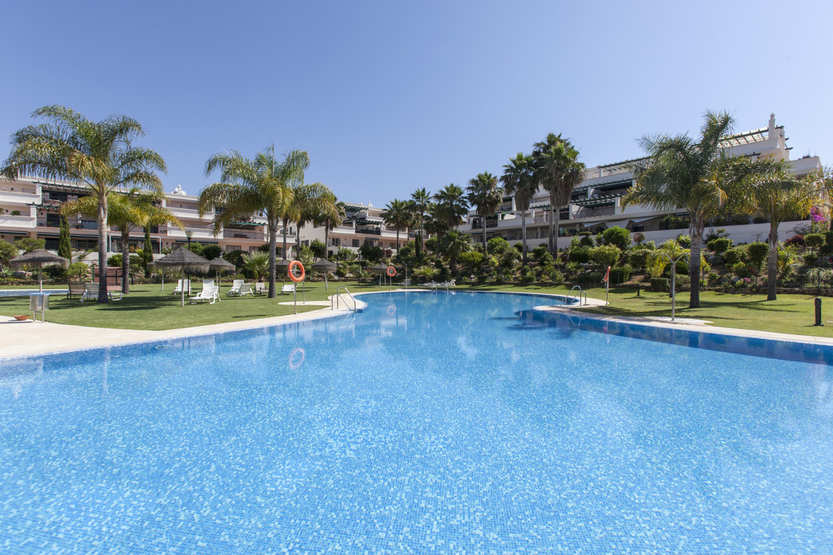 Excellent opportunity in Nueva Andalucia, a few minutes walk from Puerto Banus. First floor apartmen,Spain