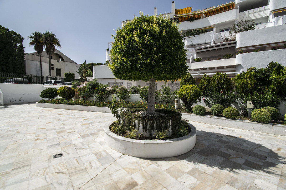 2 Bedroom Apartment for sale Nueva Andalucía