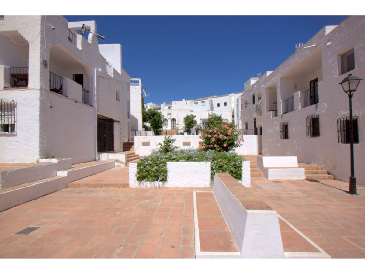 ***Bargain Property*** Pueblo Mexicano is one of the most established developments in the area and i,Spain