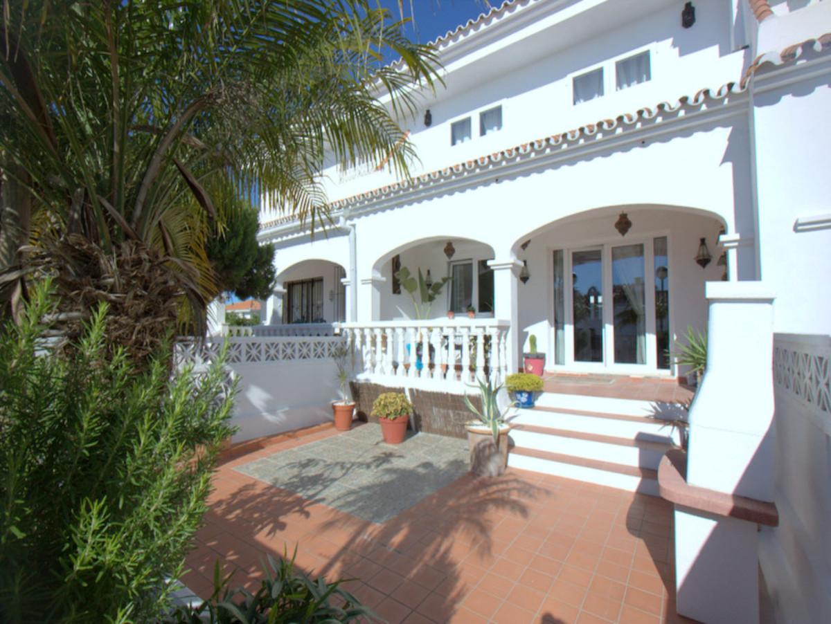 House - La Duquesa - R3857077 - mibgroup.es