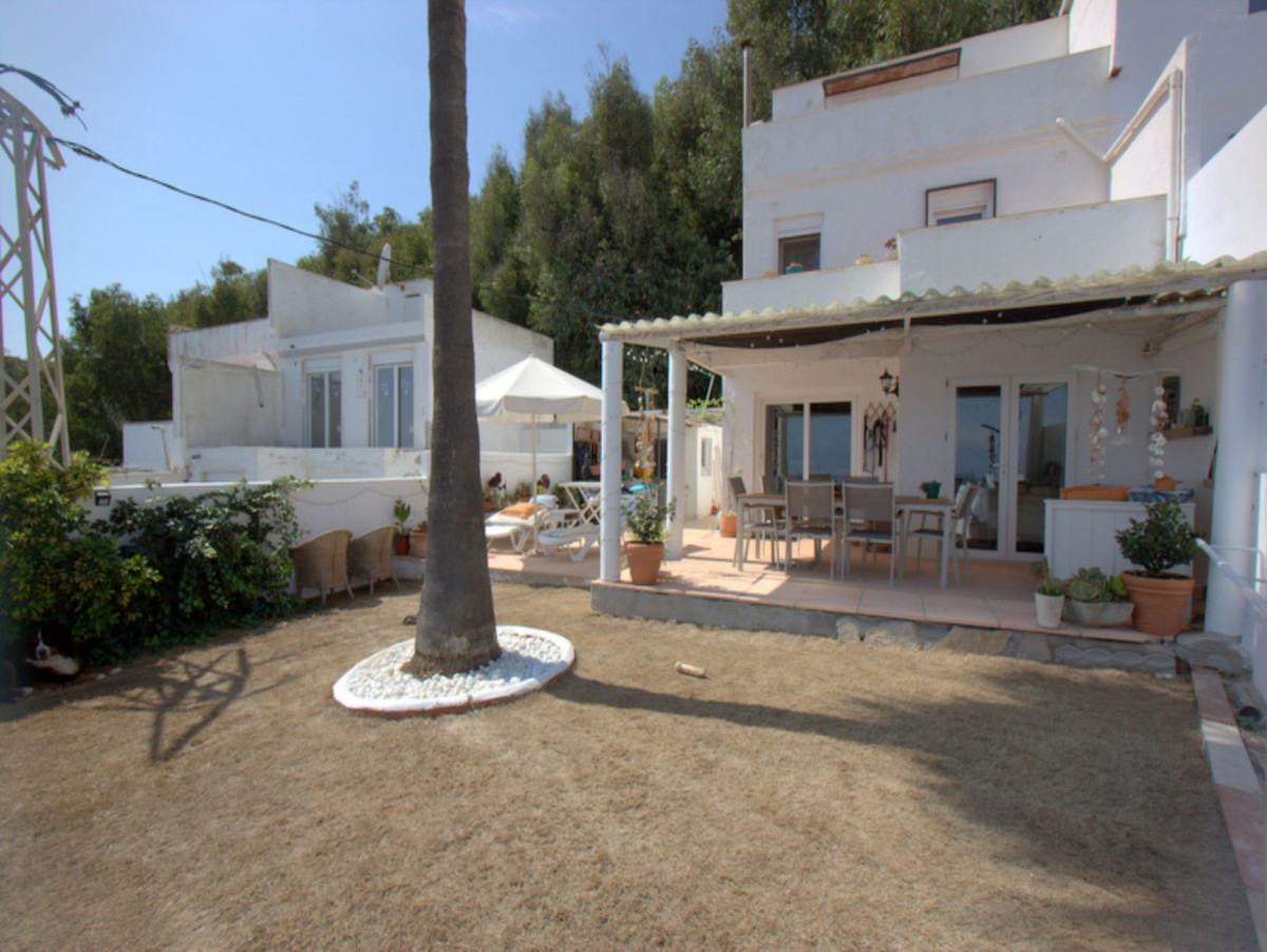 ***Private Garden & Sea Views*** Nestled perfectly in La Paloma is this boutique mews of townhou,Spain