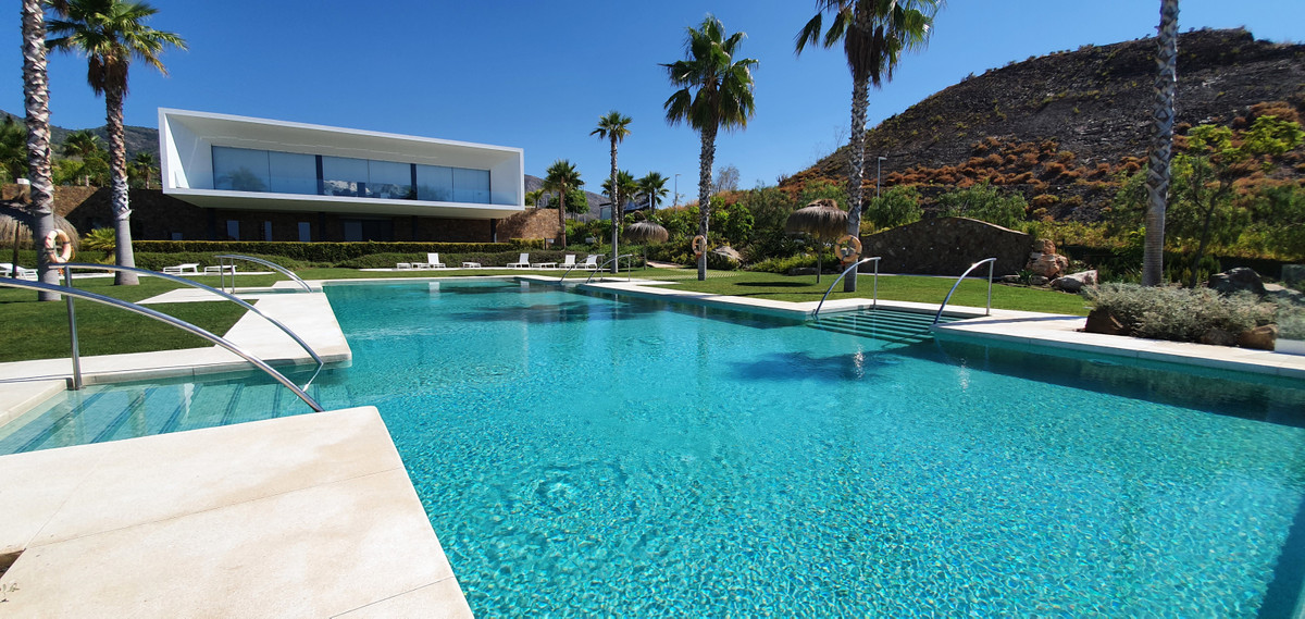 4 Bedroom Detached Villa For Sale Benalmadena Costa