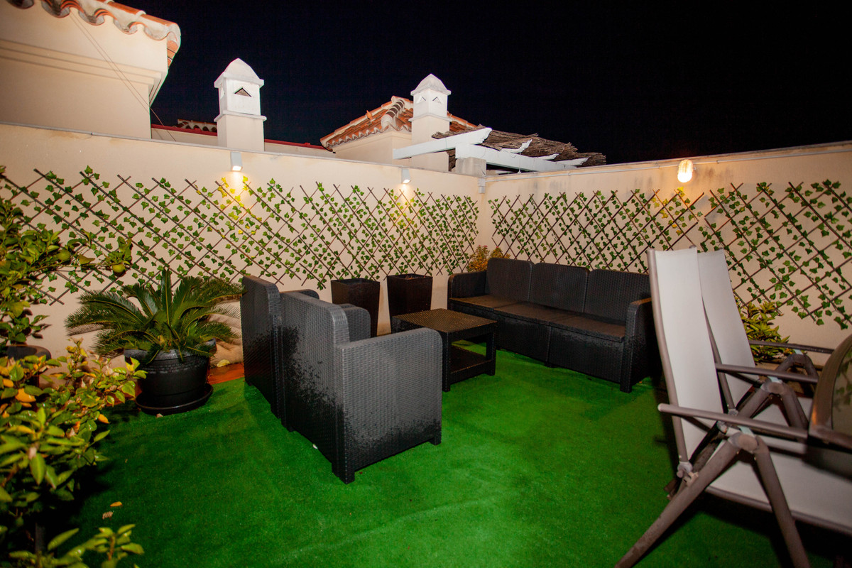 Beautiful apartment with unique roof terrace close to the center of Torremolinos.  In a quiet area i,Spain