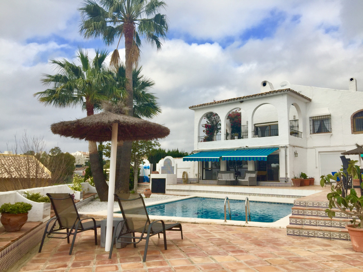 Detached house in Benalmadena with pool and sea views Detached house in Benalmadena with pool and se,Spain