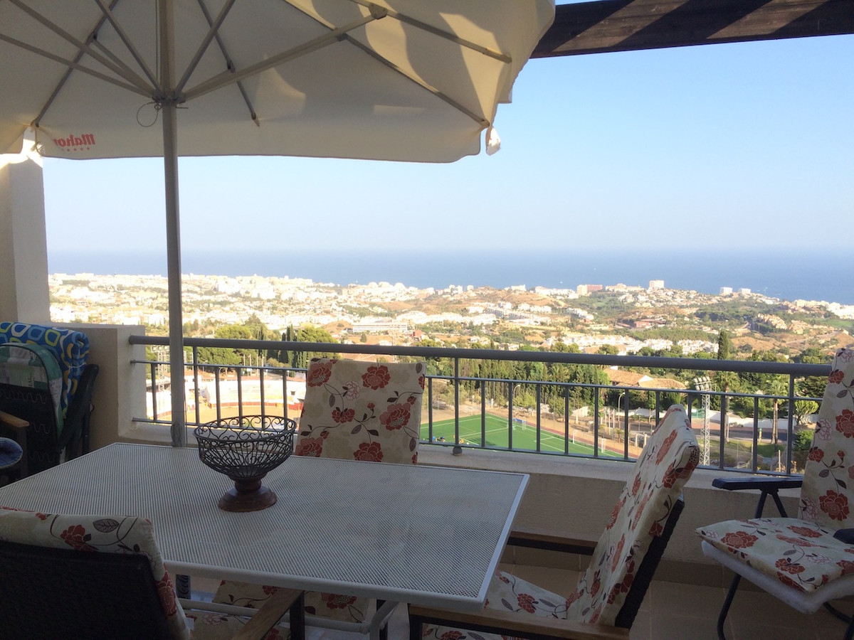 Fantastic penthouse with panoramic views, consisting of two bedrooms, one of them with built-in ward, Spain