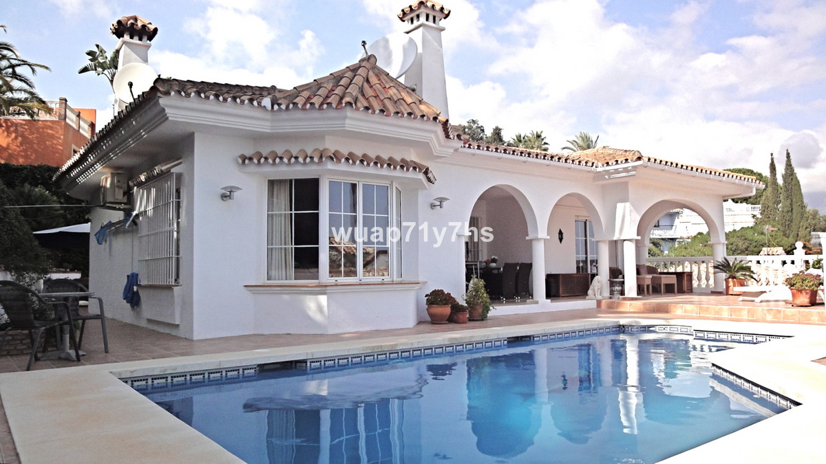 Amazing property for sale in the exclusive Las Lagunes, in Mijas. The essence of this architect-desi,Spain