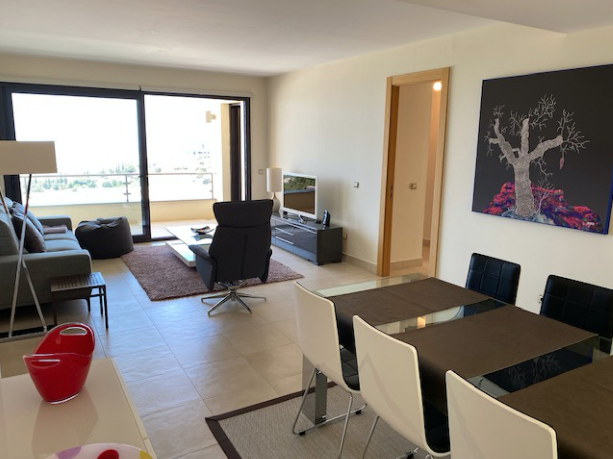 Wonderful apartment for sale in Los Altos de los Monteros (one of the best apartments in the complex,Spain